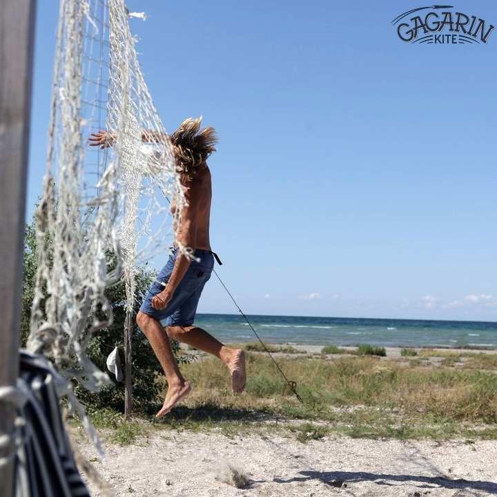 Волейбол в кайт школе Гагарин Крым фото