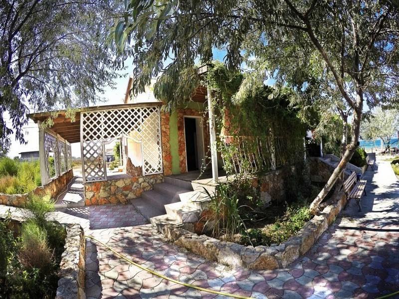 Караван сарай Межводное, Крым бюджетное жилье у моря фото