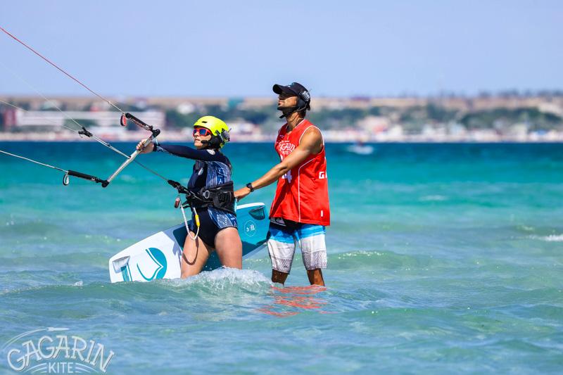 обучение кайтсеррфингу в межводном в крыму гагаринкайт фото