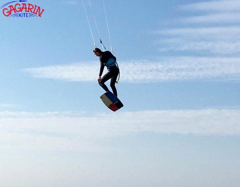 Тесты кайтов Core Gts 5 и Xr 5 В Крыму прыжок фото