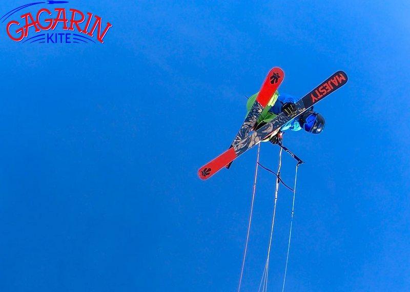 Сноукайтинг, снежный кайтинг на лыжах прыжок фото